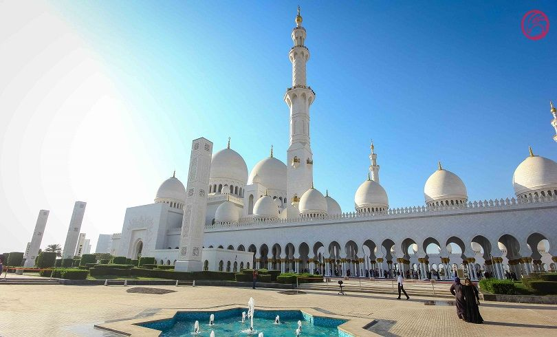 Abu Dhabi City Tour From Dubai Abu Dhabi Sightseeing Tour Dubai Tours Abu Dhabi