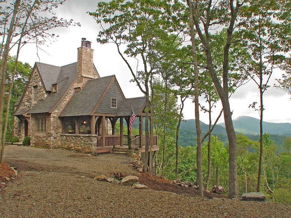 Cabins mountainworks custom home design in cashiers nc Custom cottage homes