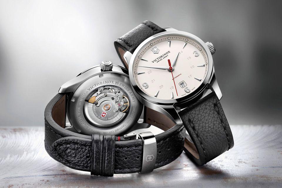 magasin d'usine cb9a0 ea5cd 10-montres-automatiques-moins-1000-euros-Victorinox-Alliance ...