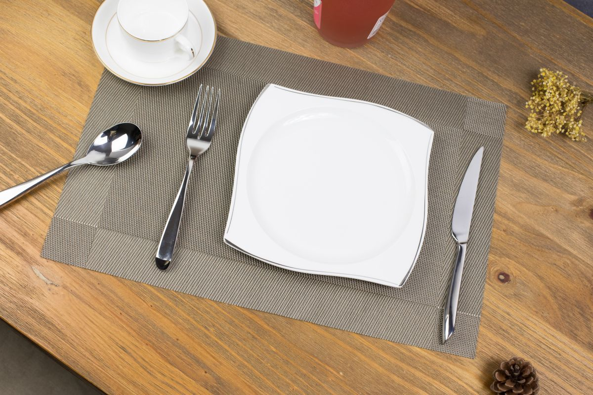 Woven Vinyl Non Slip Insulation Heat Stain Resistant Washable Gingham Check Table Placemats Kitchen Din Dining Table In Kitchen Dining Table Top Kitchen Decor