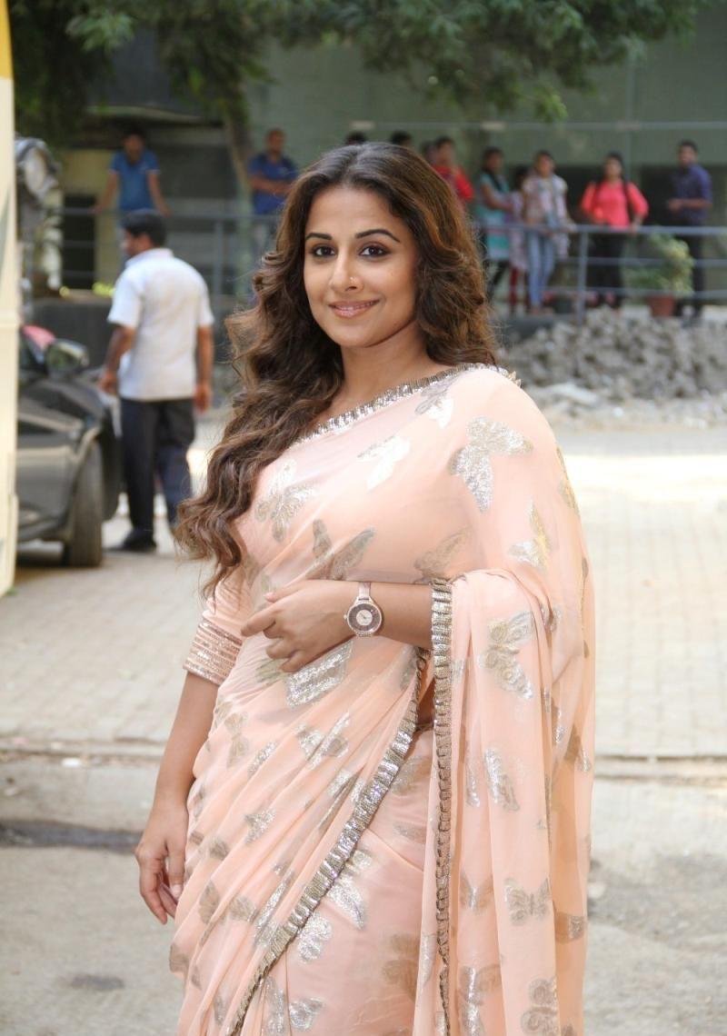 vidya balan cute saree pics, actress vidya balan, hindi, bollywood