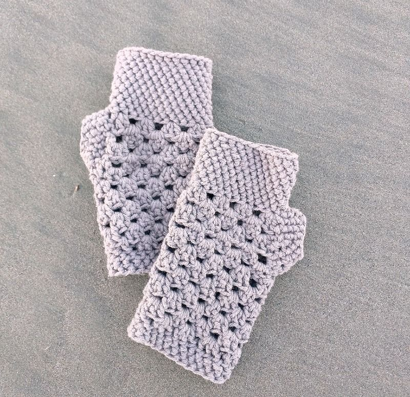 chunky fingerless gloves (free crochet pattern) | patk | Pinterest ...