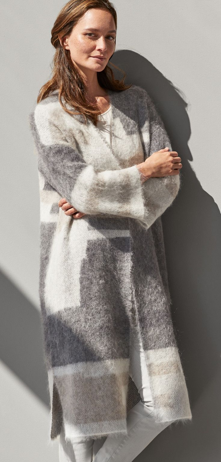 079019697 Brushed alpaca mohair long cardigan.