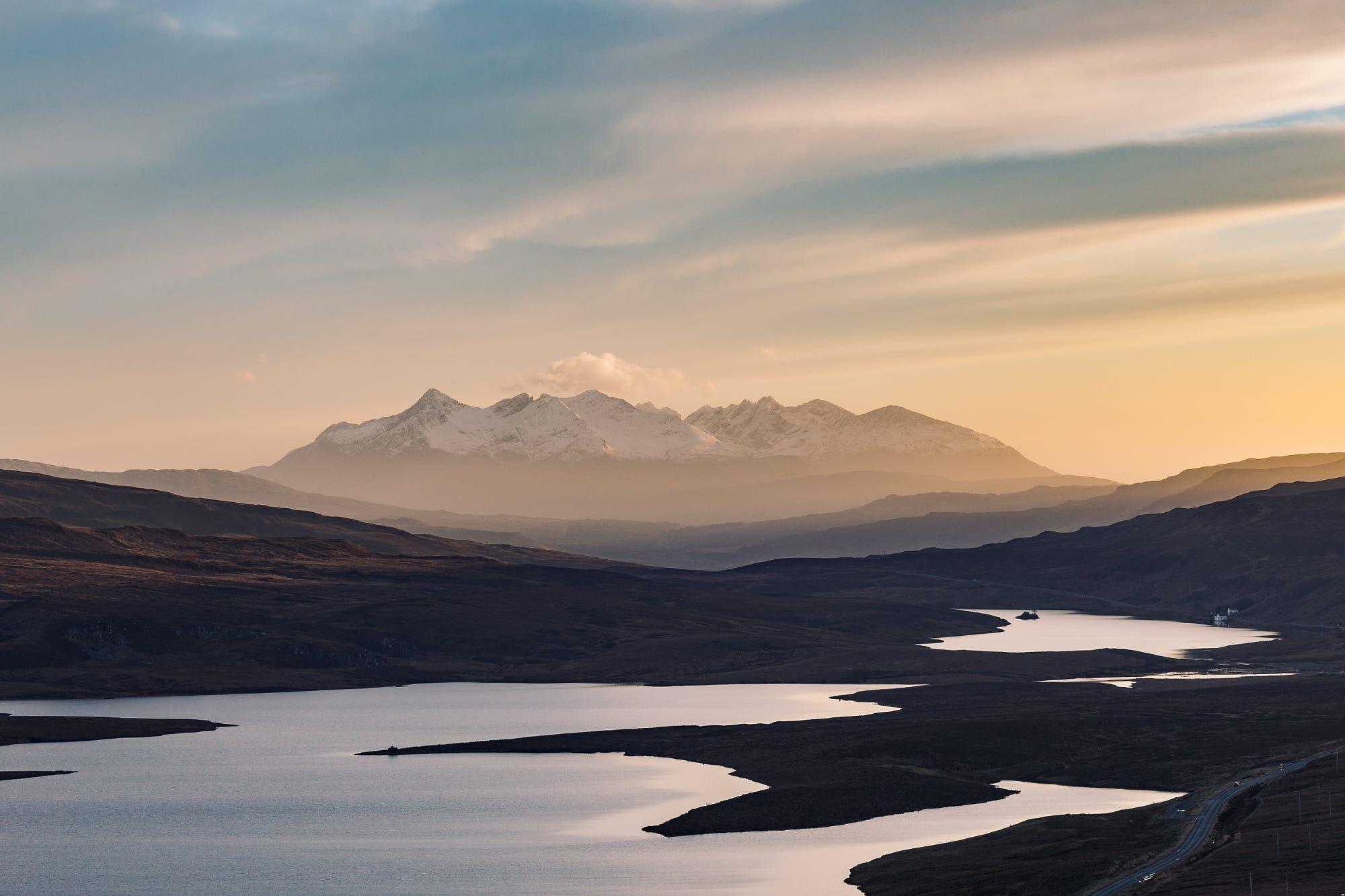 Sunset over The Black Cuillin Range Skye [OC] [4845x3230]