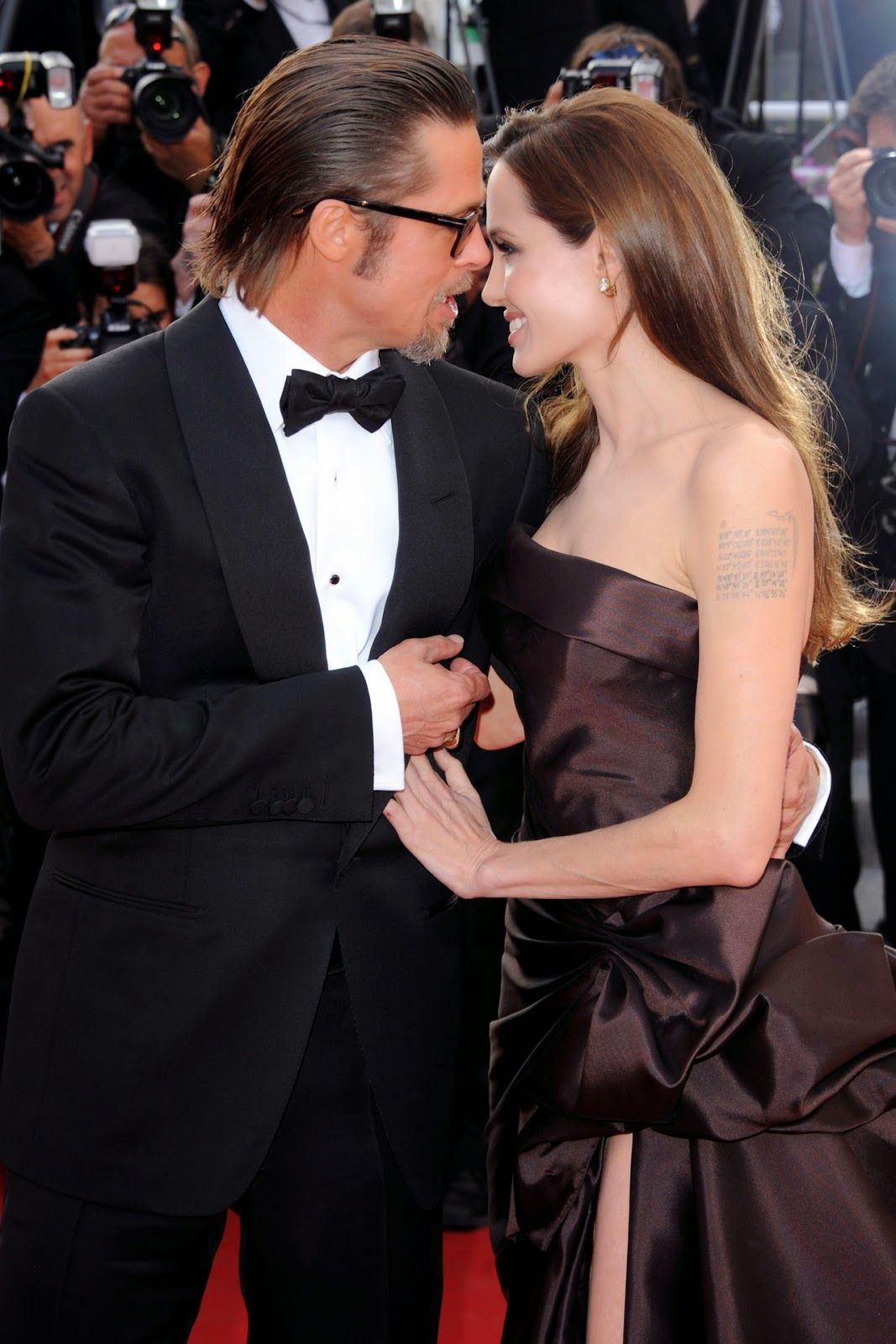 Kollayi S Blog Angelina Jolie And Brad Pitt Finally Married Brad Pitt And Angelina Jolie Brad And Angelina Wedding Brad And Angelina