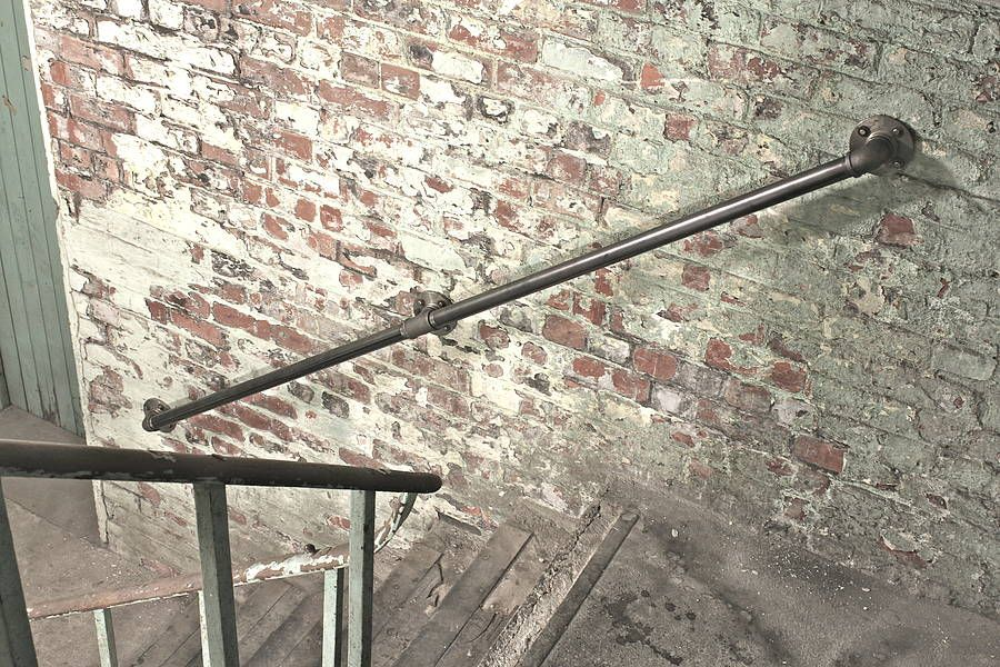 Best Susannah Industrial Steel Pipe Staircase Hand Rail 400 x 300