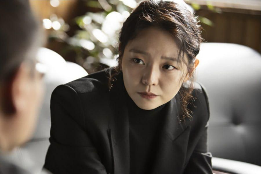 "Esom Talks About Transforming Into ""Bulldozer"" Prosecutor For Upcoming Drama With Lee Je Hoon"