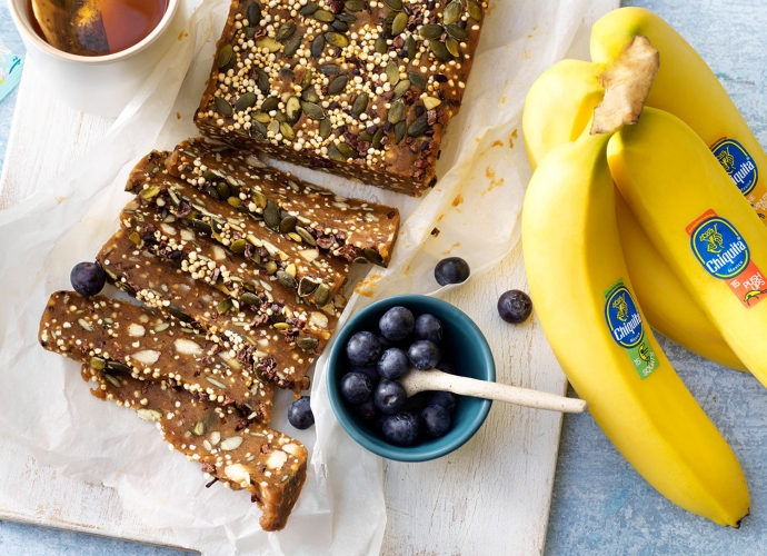 Puffed quinoa power bars with Chiquita banana and pumpkin seeds. #pumpkinseedsrecipebaked