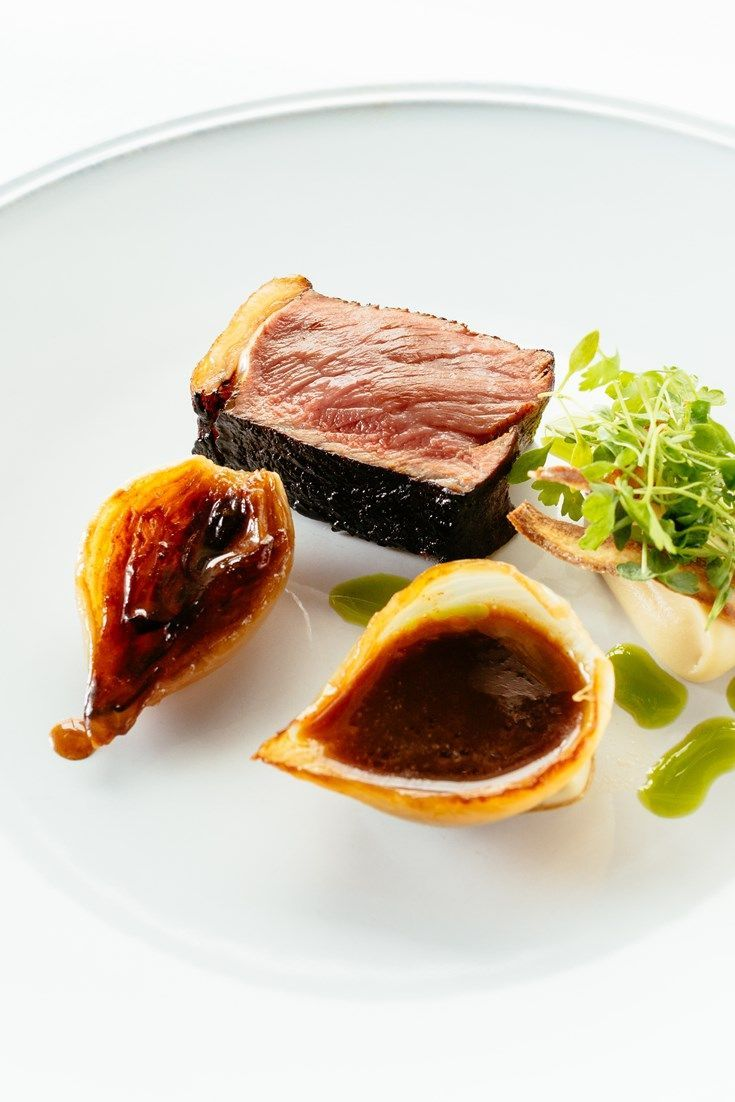Sous Vide Barbecue Beef Sirloin Grilled Onions And Caramelised  ~ Solomillo Wellington Masterchef Receta