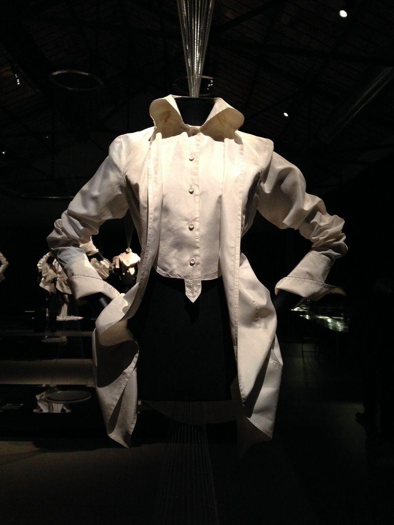 The White Shirt According To Me Ferre Exhibit In Prato Classic White Shirt Concept Clothing White Shirt