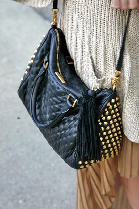 7 cách 'làm đẹp' cho túi xách của bạn