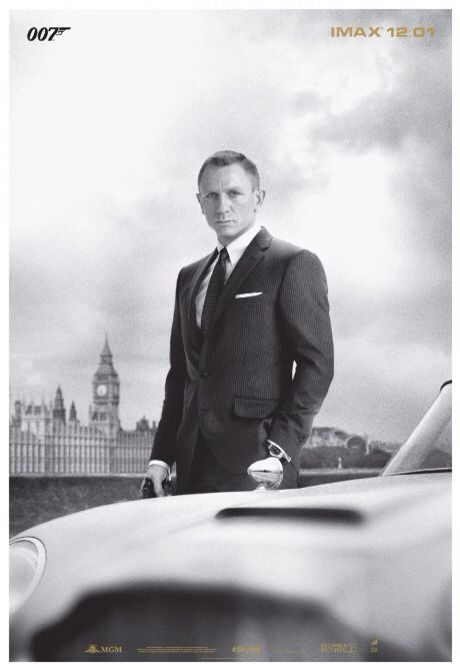 Daniel Craig as Bond!