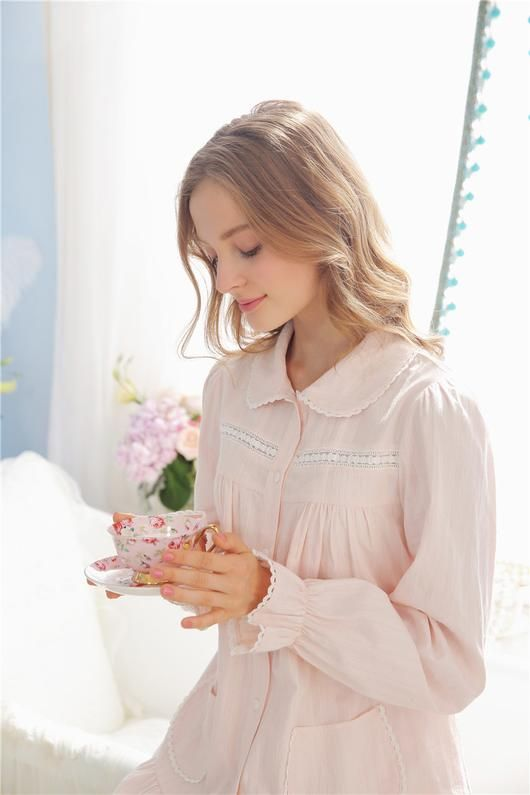 Simple Story Quality 100% Cotton Royal Style Night Suit Long Sleeves Women  Spring 71e96124e