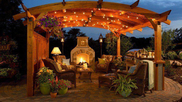 luminaire ext rieur led pergola en bois massif guirlandes lumineuses et meubles de jardin en. Black Bedroom Furniture Sets. Home Design Ideas