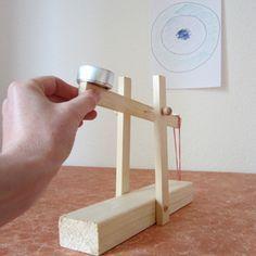 mini katapult kinder pinterest basteln basteln mit kindern und spielzeug. Black Bedroom Furniture Sets. Home Design Ideas