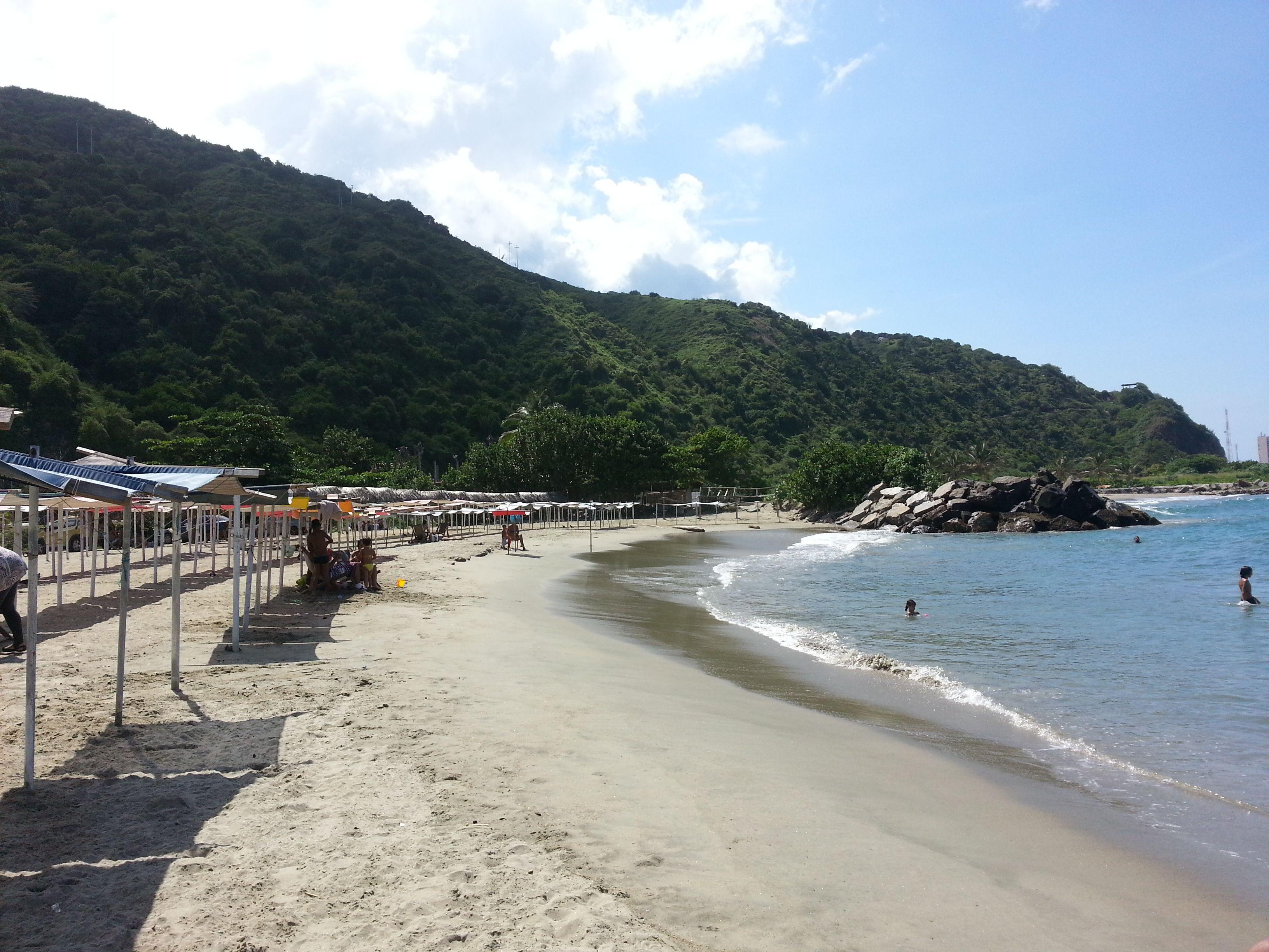 Resultado de imagen de playa los angeles vargas venezuela