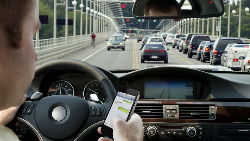 Report Texting While Driving Okay If You Look Up Every
