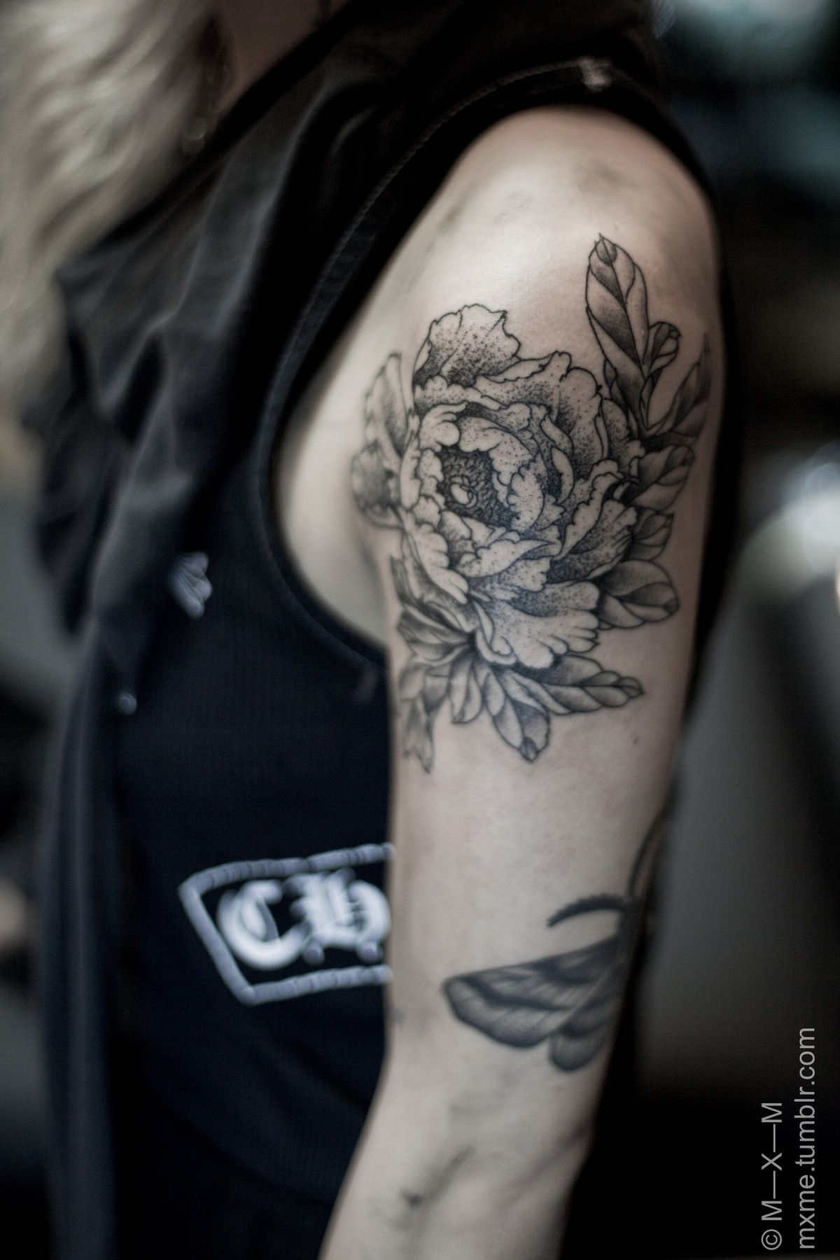 The girl with the curl tatto pinterest tattoo peonies tattoo