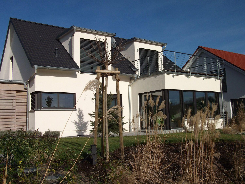 Flachdach Wintergarten einfamilienhaus modern holzhaus satteldach gauben mit flachdach