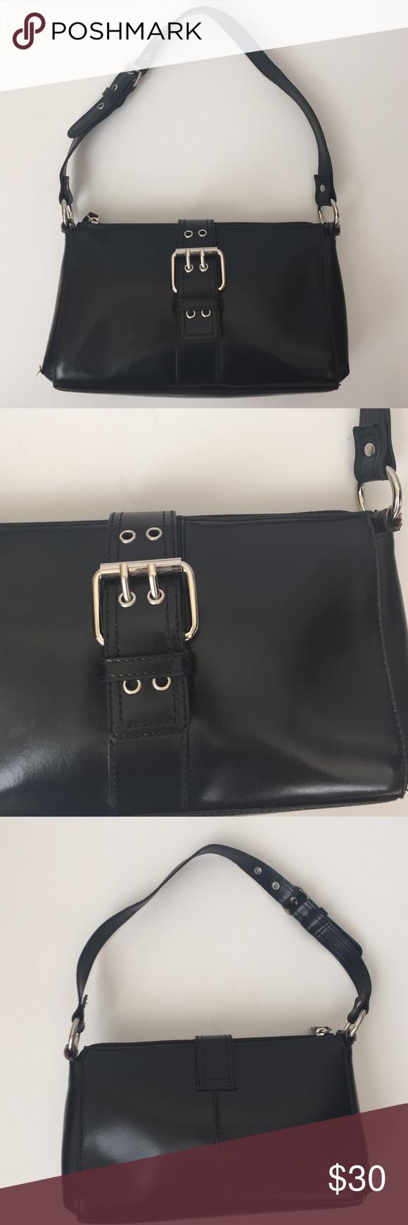 Wilson Leather Small Shoulder Bag Small black Shoulder bag