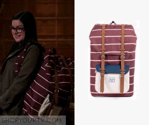 Modern Family Season 7 Episode 19 Alex S Striped Backpack Shop Your Tv In 2020 Striped Backpack Modern Family Modern Family Alex