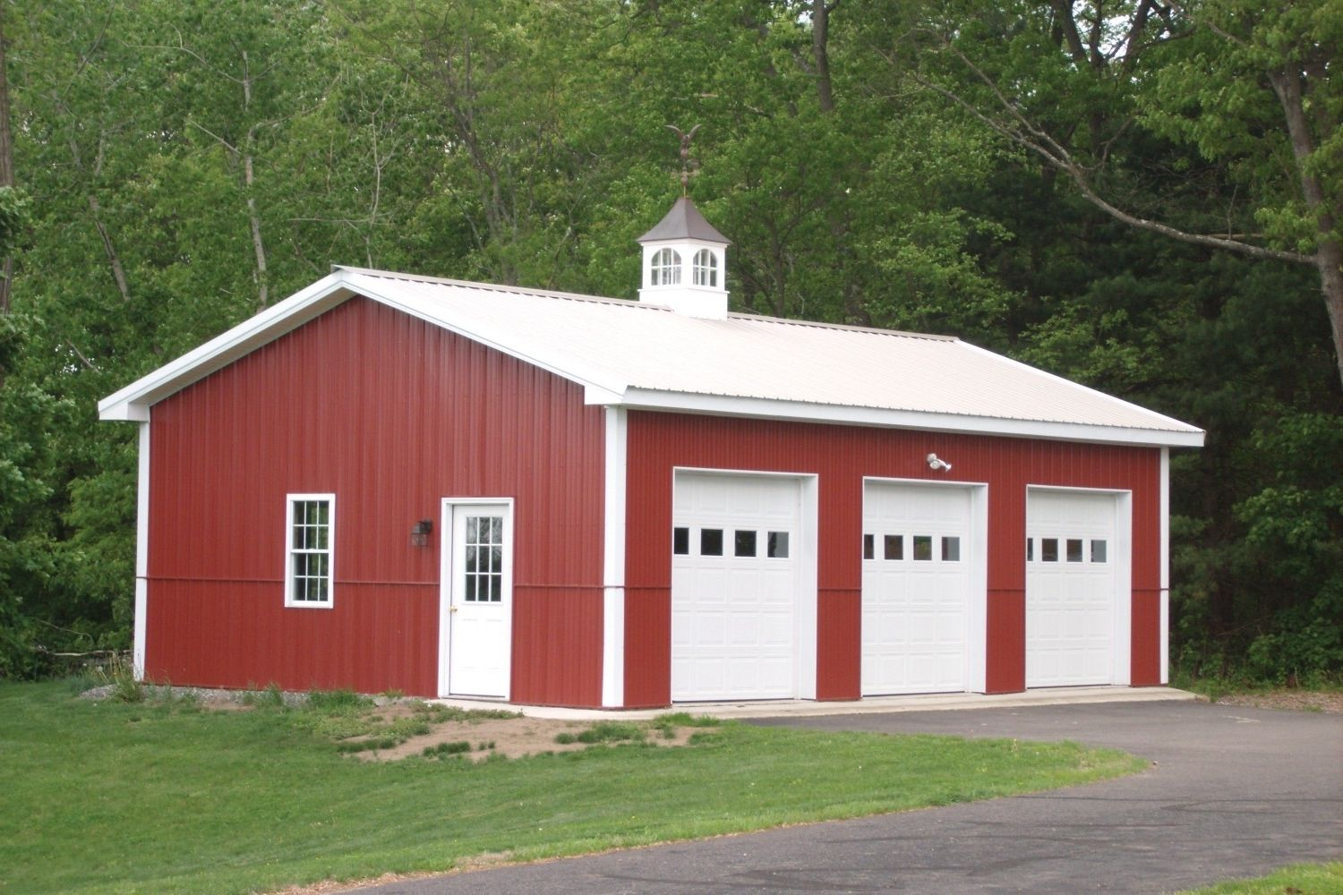 pole buildings horse barns storefronts riding arenas the barn pole