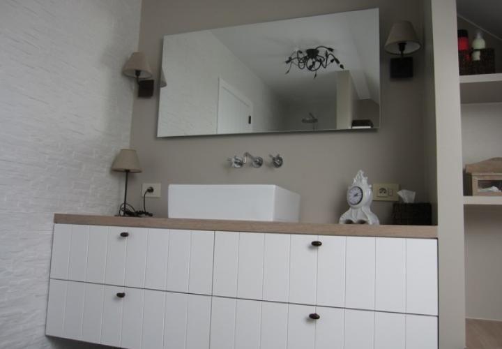 badkamermeubel wit en hout badkamer pinterest house