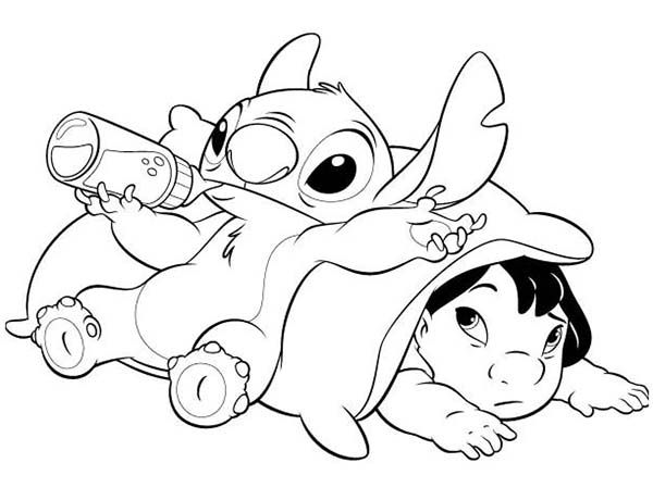 Stitch Drinking Milk In Lilo 038 Stitch Coloring Page Lilo And Stitch Drawings Stitch Drawing Stitch Coloring Pages