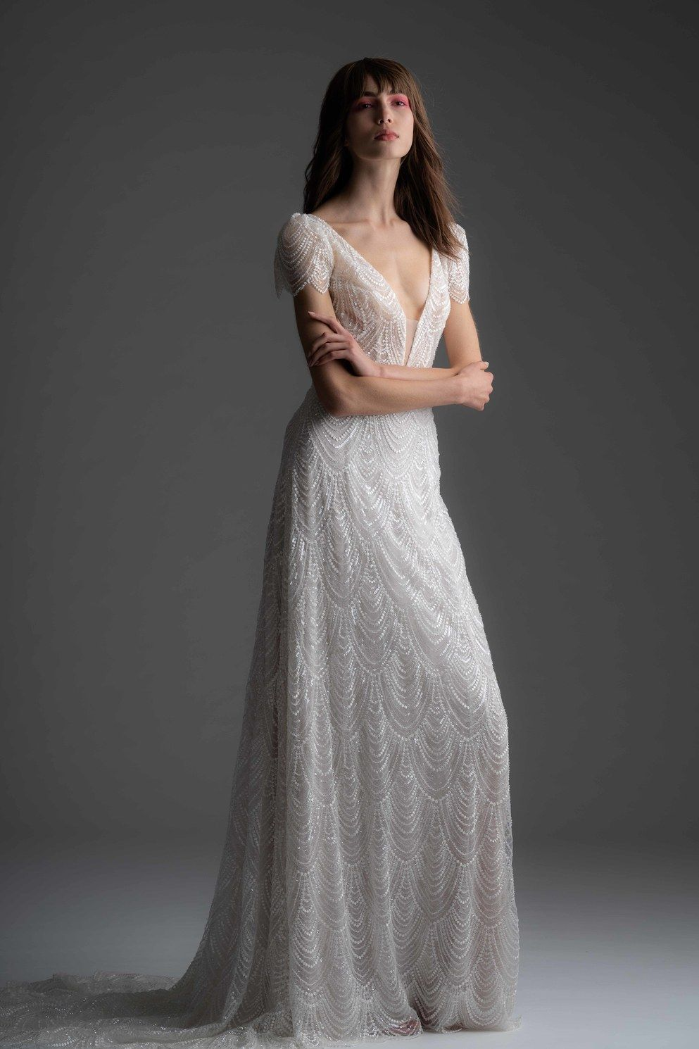 Pin By Chelsea Nicole On Wedding Dresses Sheath Wedding Dress Wedding Dresses Kleinfeld Wedding Dresses [ 1490 x 993 Pixel ]