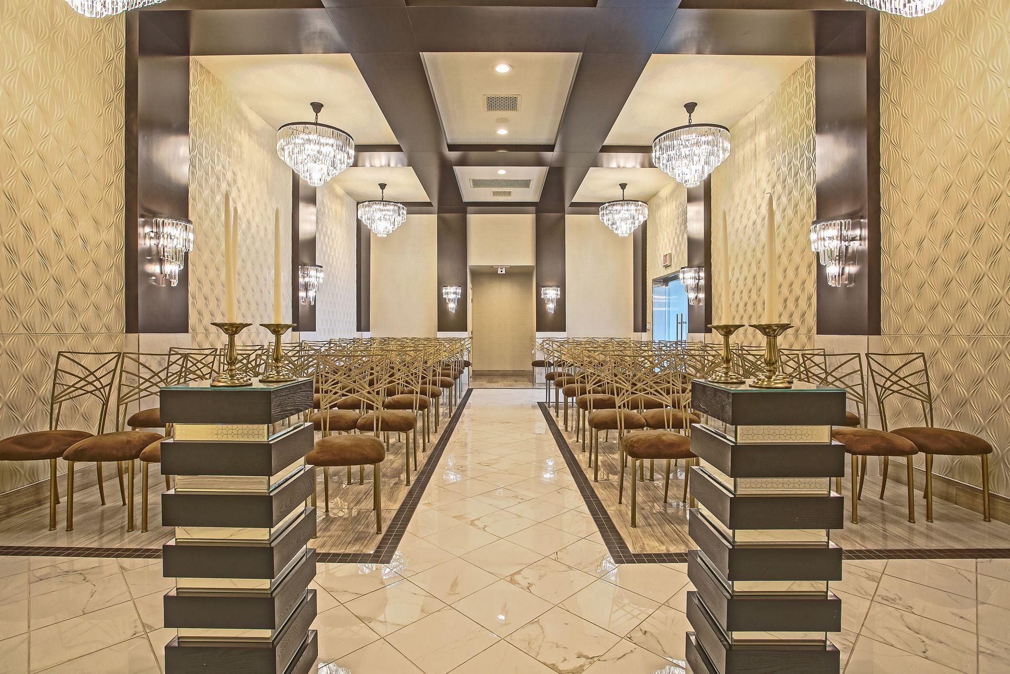 You Saved To Modern Wedding Venue La Capella Chapel Best In Las Vegas