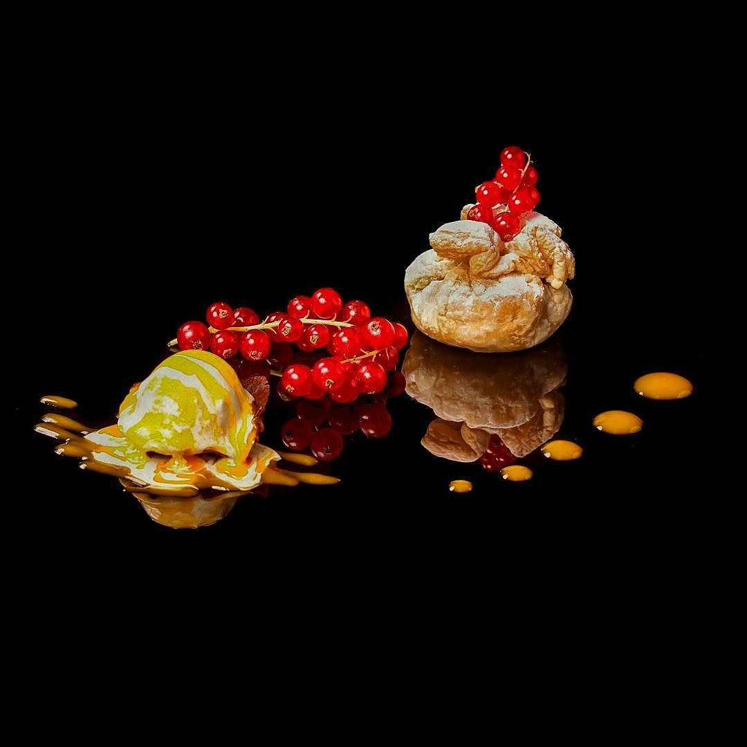 New style dishes in #BuddhaBarMoscow #buddhabar . tart of puff pastry with apple and pear filling and vanilla ice cream  #chefstalk #chefsroll #gastroart #theartofplating #dontshootthechef #chefsofinstagram #expertfoods #foodstarz #chefdessert by dduloff