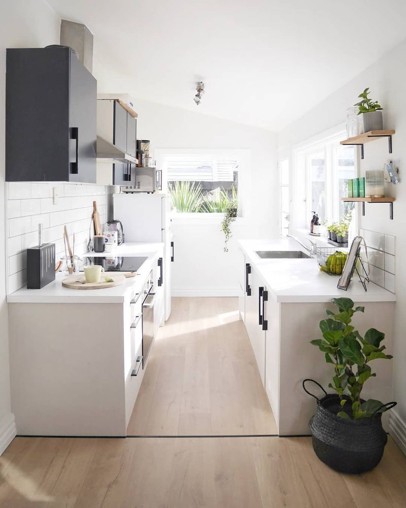 10 Tips For Planning A Galley Kitchen #ikeagalleykitchen