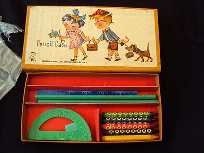 I forgot about this pencil case and the separate compartments.