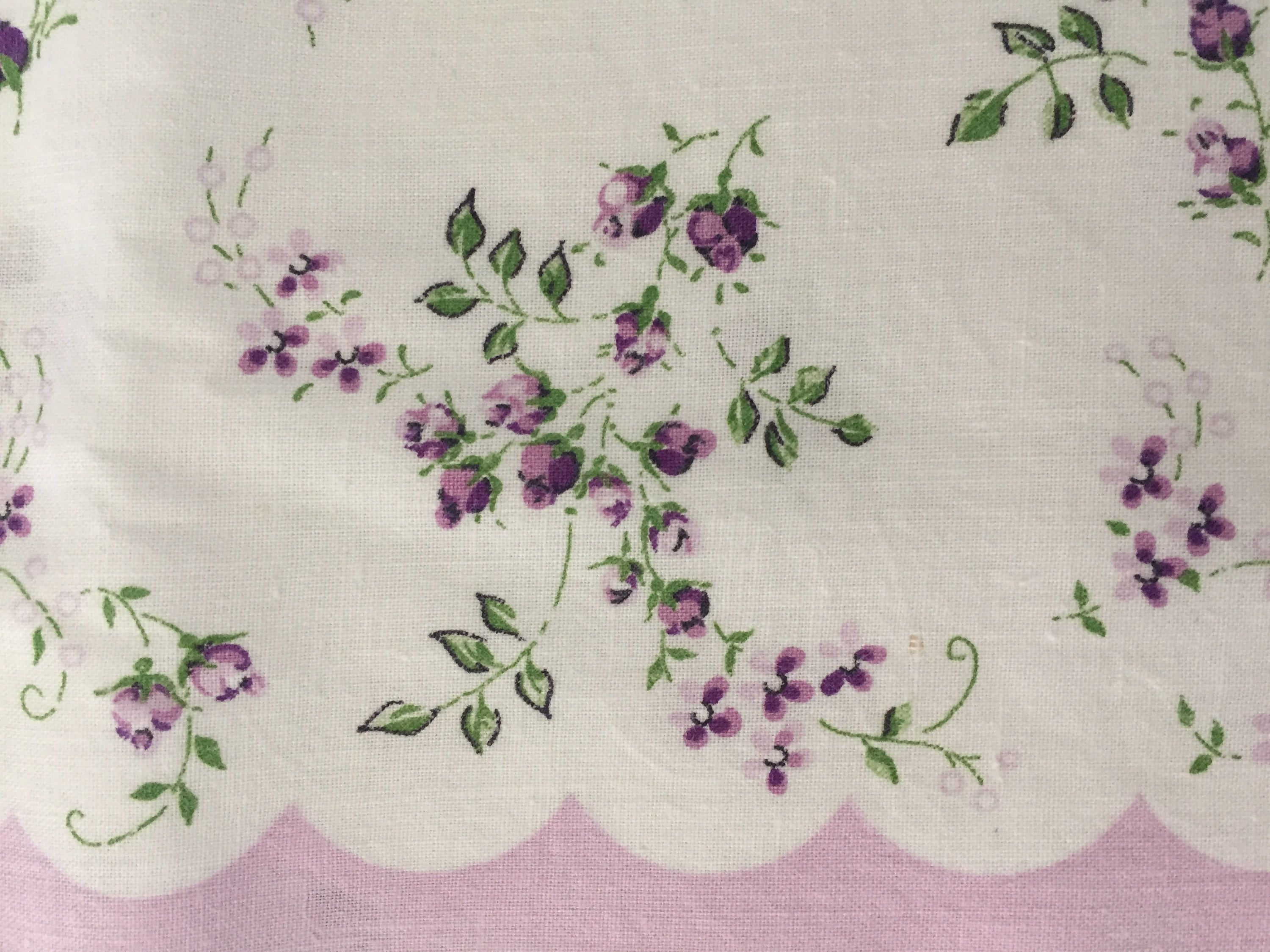 Vintage Floral Border Print Fabric White W Lavender Flowers Cotton Sewing And Crafting Material Scalloped Pu Printing On Fabric Floral Border Vintage Fabrics