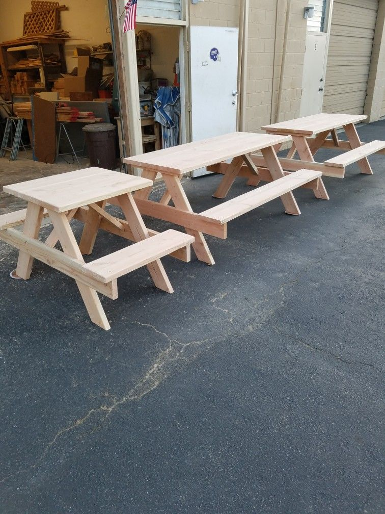 Woodsy Coffee In Encinitas Custom Wood Outdoor Life Picnic Table Furniture Design
