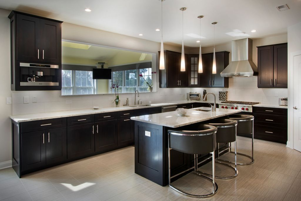 Transitional Kitchen With Peppercorn White Quartz Countertop Daltile Fabrique Creme Linen Porcelain Tile