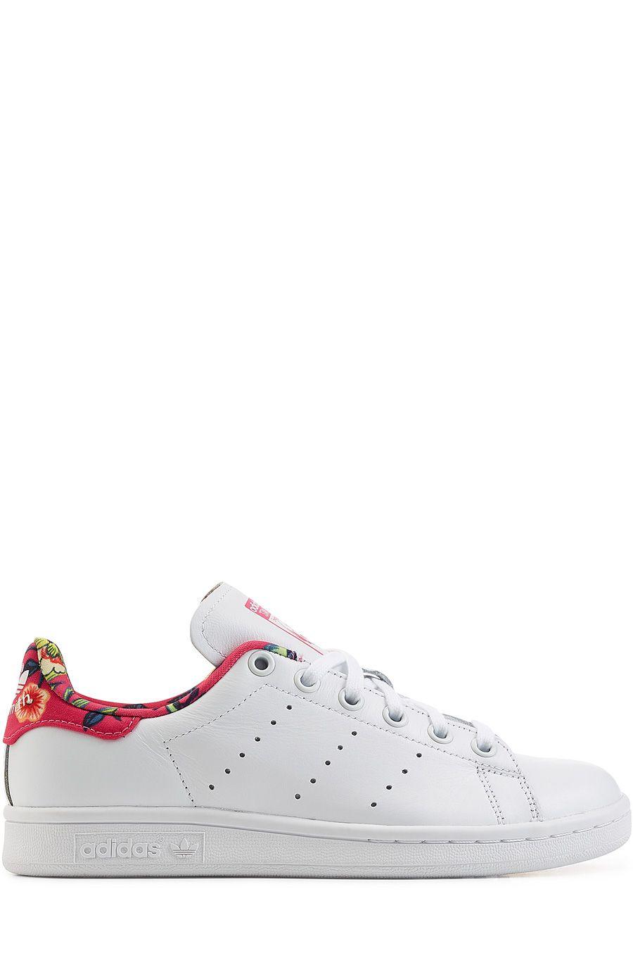 ボード「Adidas Originals」のピン