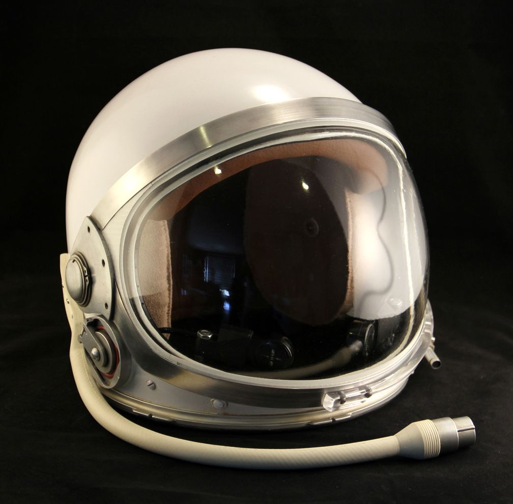 space shuttle helmet - photo #5