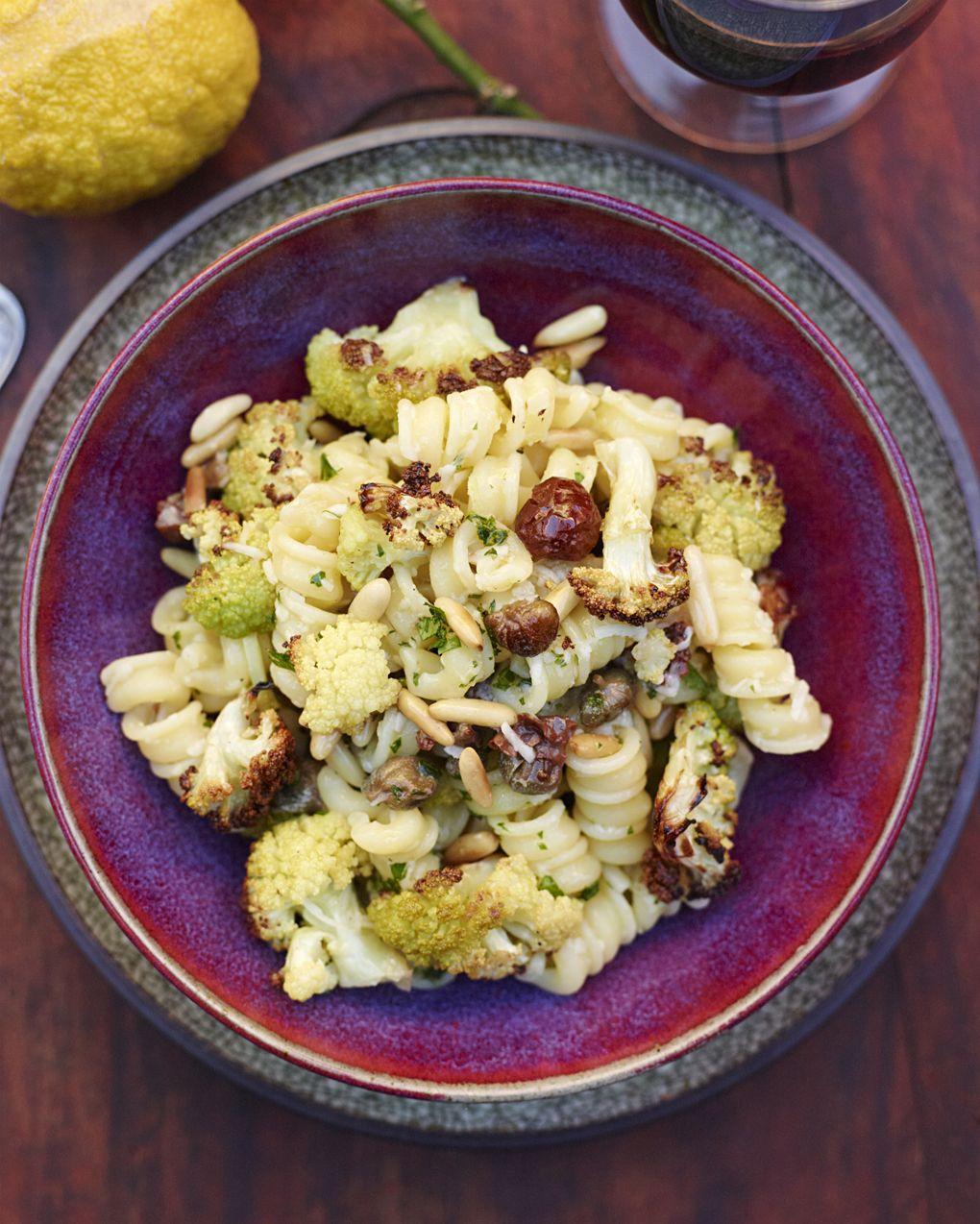 Pasta w cauliflower and capers. Pastarecept, Matlagning