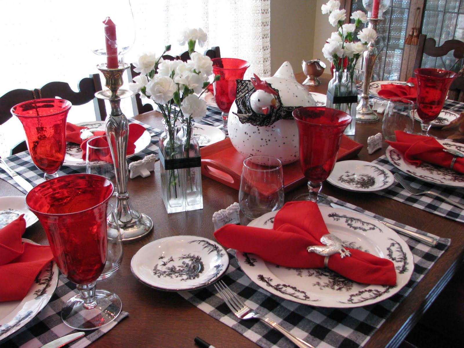 Red White And Black All Over It S Time To Set The Table