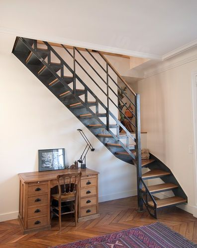 escalier quart tournant structure en m tal marche en bois limon lat ral dt29 escaliers. Black Bedroom Furniture Sets. Home Design Ideas
