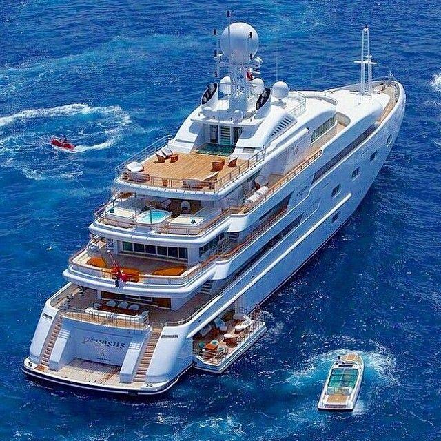 Yachting Club Casino