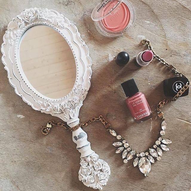b6d81d81eb9b Este collar de cristales bonito a precio LowCost con ❤ ENVÍO GRATIS ❤ será  tu mejor complemento de esta temporada