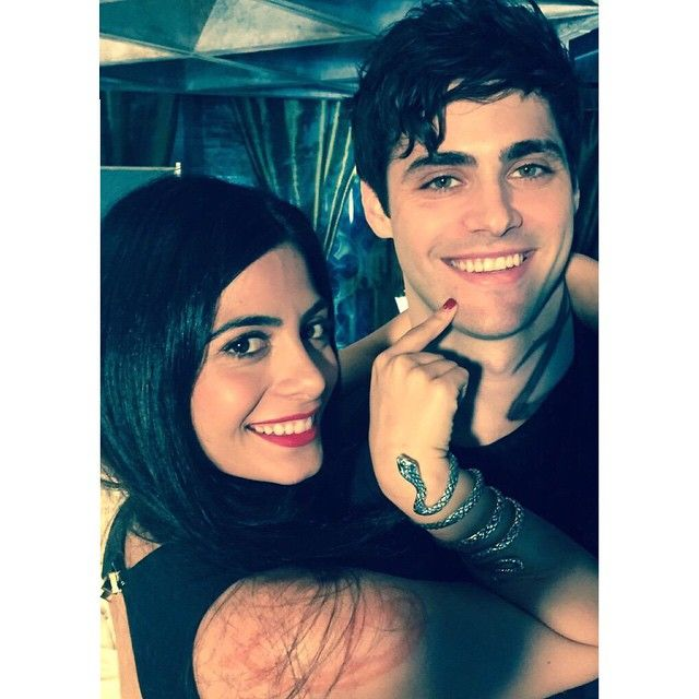 YESSSSS IZZY HAS DARK, DARK EYES but I don't see Alex in this one...blue eyes? As long as the plot's better :)