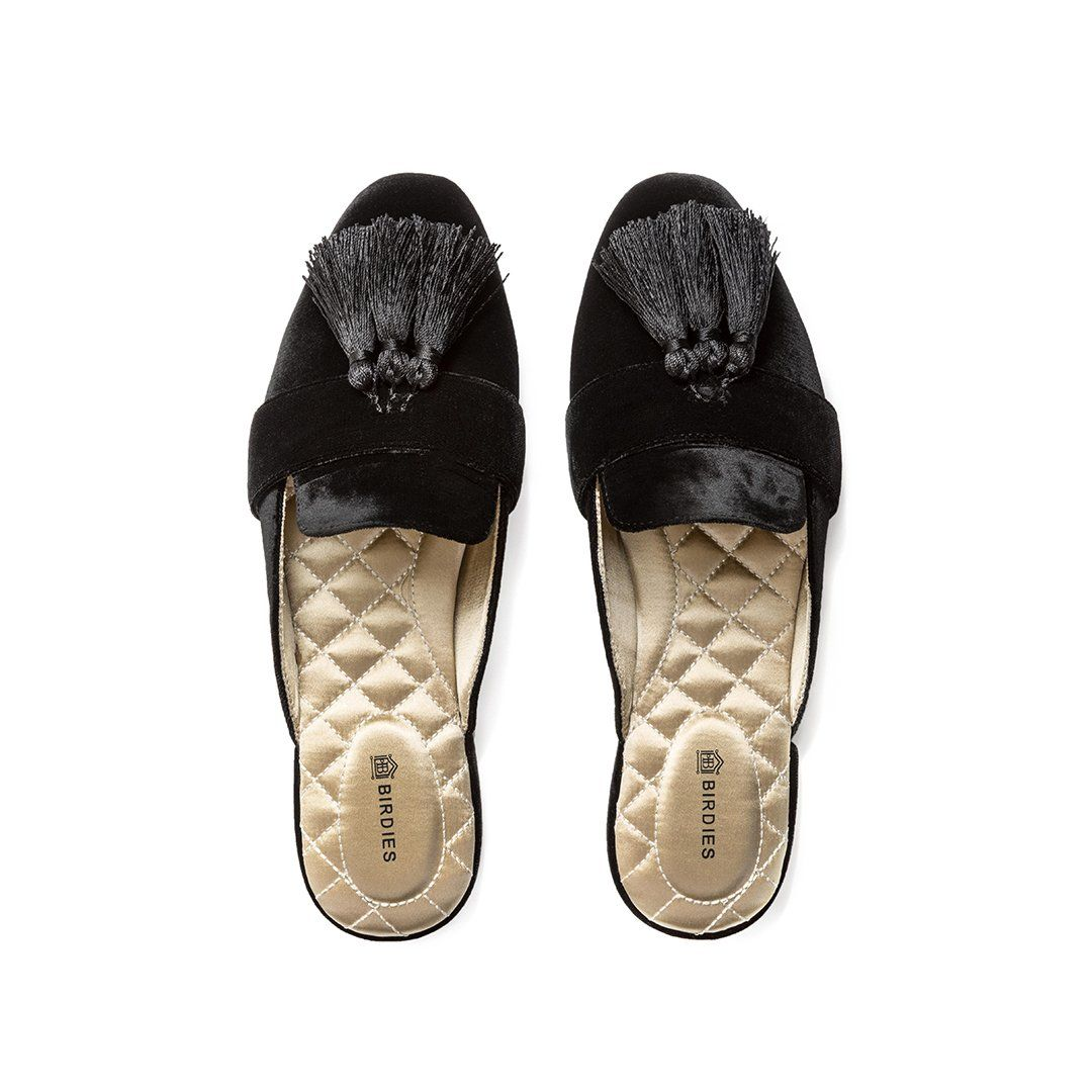 d93ad3607de19 Birdies are stylish, fashionable and comfortable women's slippers for the  house. They come in smoking slippers and ballet flats with luxurious  insoles.
