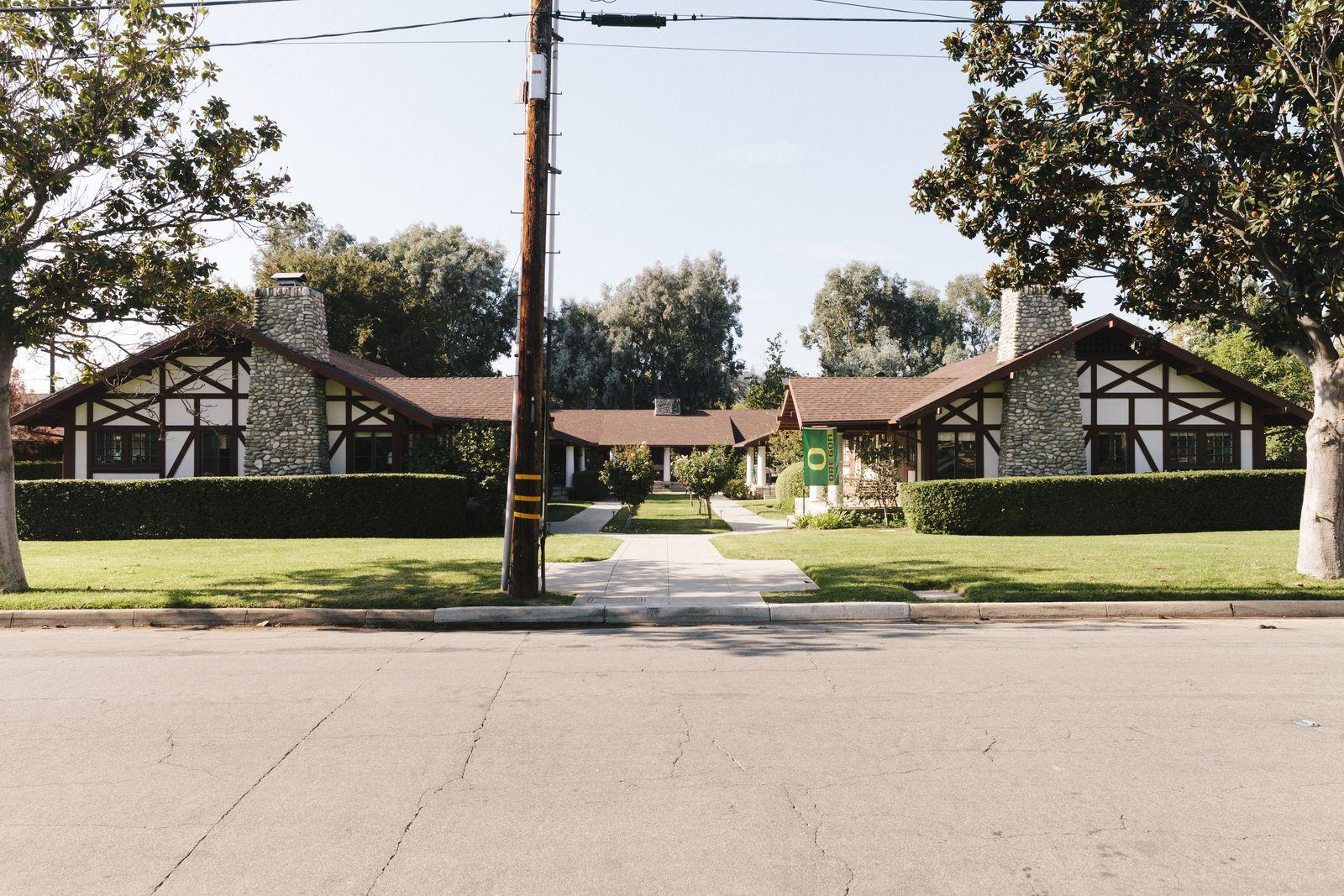 L A Places Bungalow Heaven: Why LA's Beloved Bungalow Courts Might Go Extinct