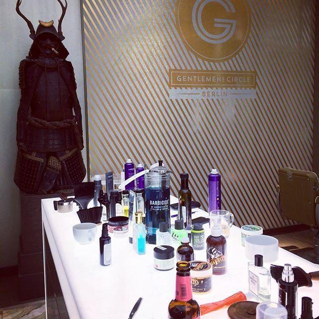 #TGIF Getting A Decent #shave #mensgrooming @truefittandhill #badezimmer # Potsdam