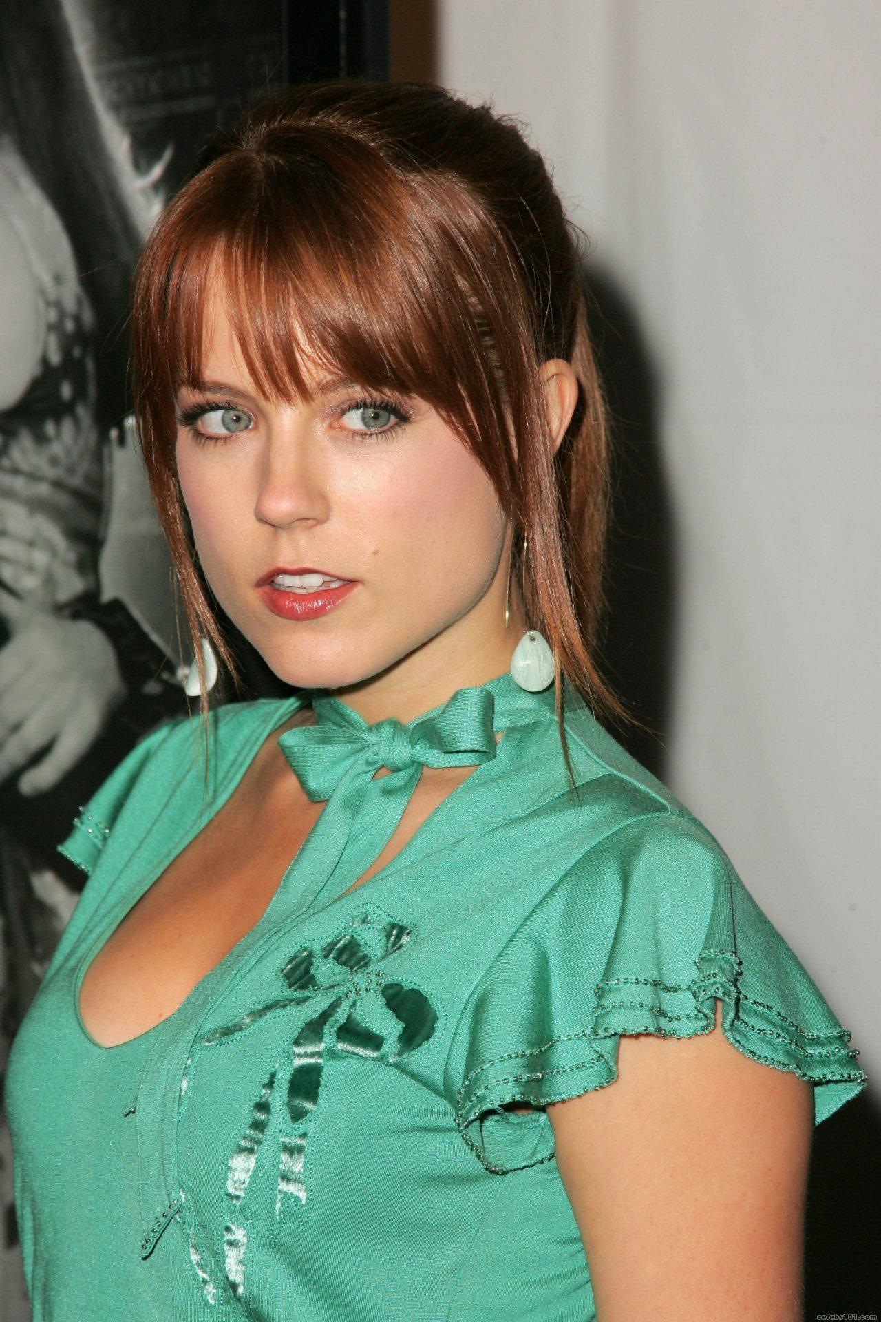 100 Images of Allison Munn Hot