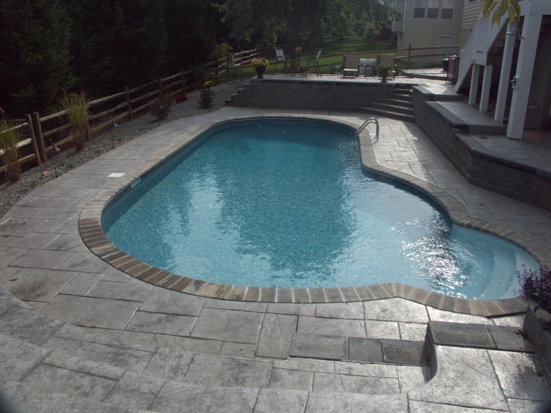 Admiral Pools Llc Concrete Retaining Walls Concrete Deck Pool