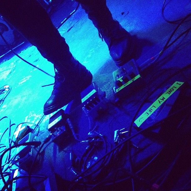 Pedals And Cables On Stage With Birry Lee Xoyo Cloudcontrol Band